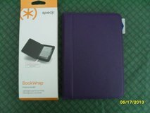 REDUCED Kindle BookWrap by Speck in Purple NIP in Sandwich, Illinois